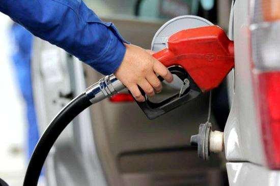 """油价调整最新消息:成品油价""""5连涨""""无悬念"""