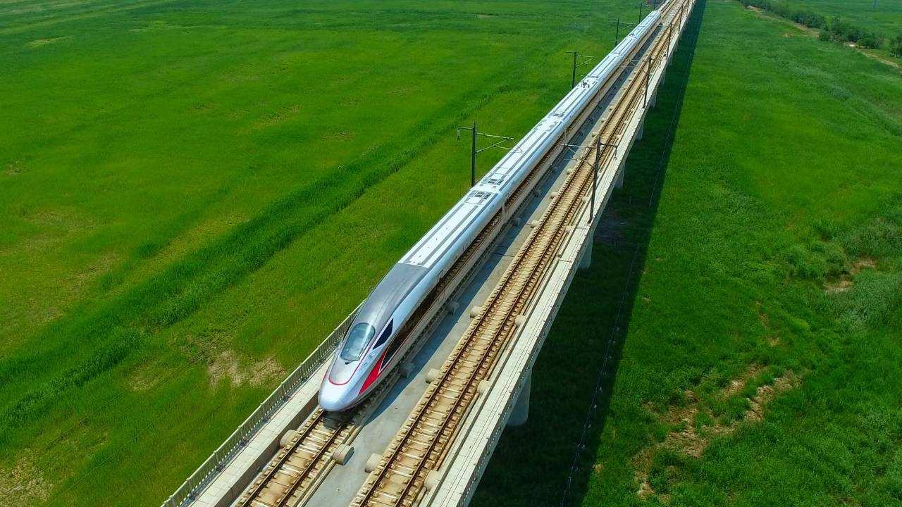 机械设备行业周报:京沪高铁A股上市,期待轨道交通行业发展