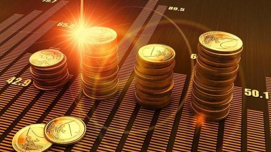 """2月份,长信基金五大债券基础下跌4%以上,两名""""一拖多""""女将摔跤"""
